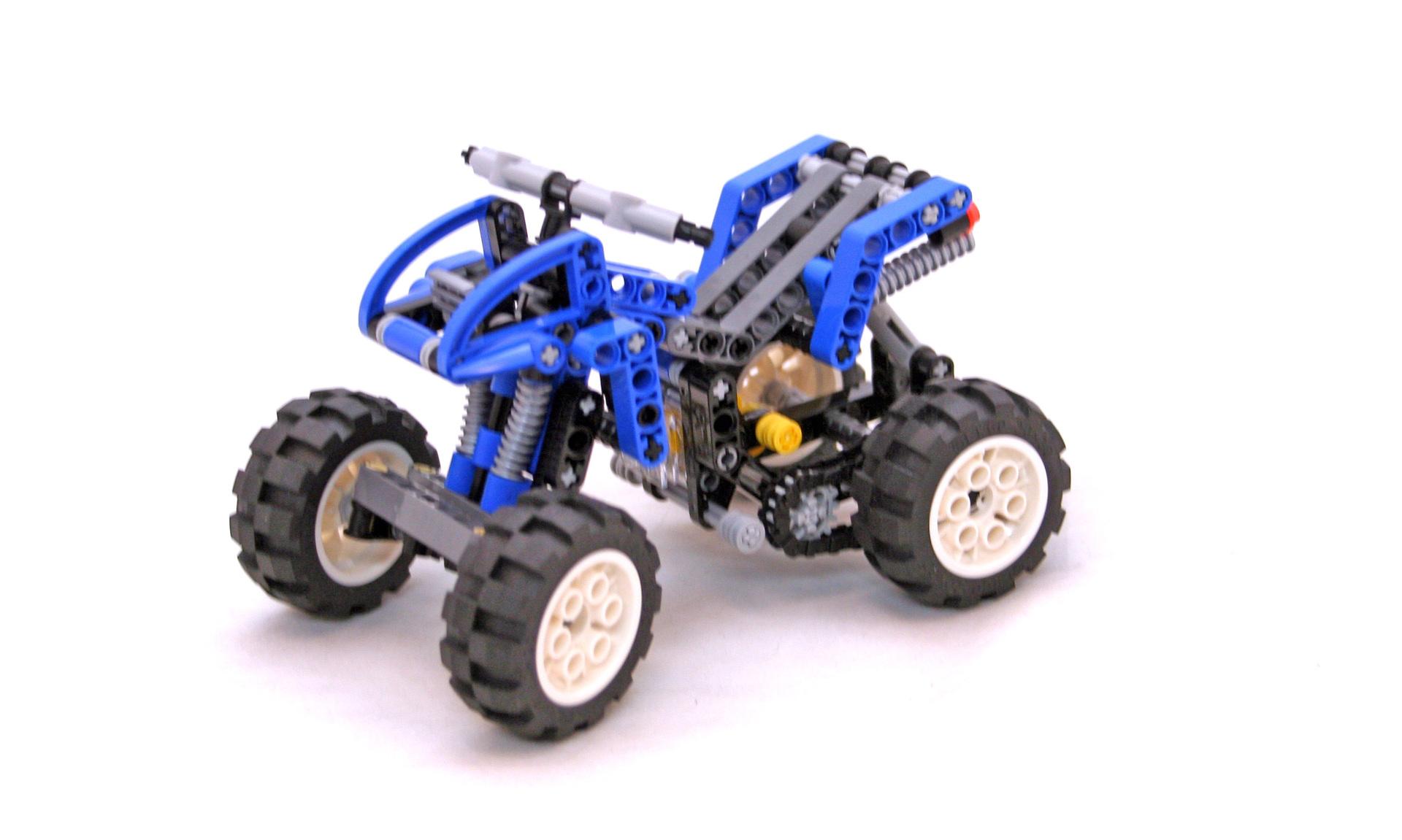 Quad Bike - LEGO set #8282-1 (Building Sets > Technic)