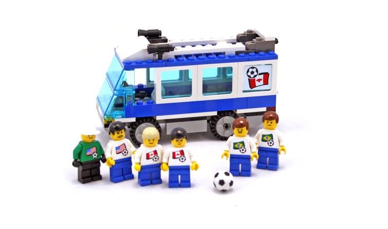 Americas Team Bus - LEGO set #3411-1