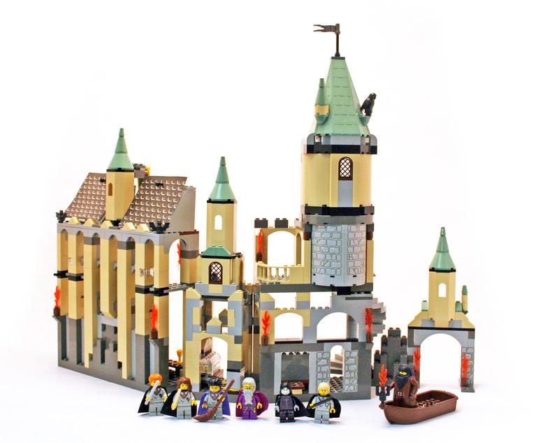Hogwarts Castle - LEGO set #4709-1