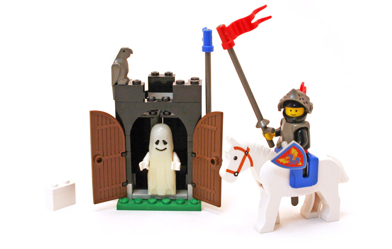 Black Monarch's Ghost - LEGO set #6034-1