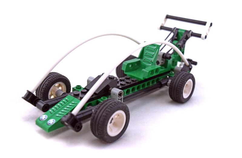 Spy Runner - LEGO set #8213-1