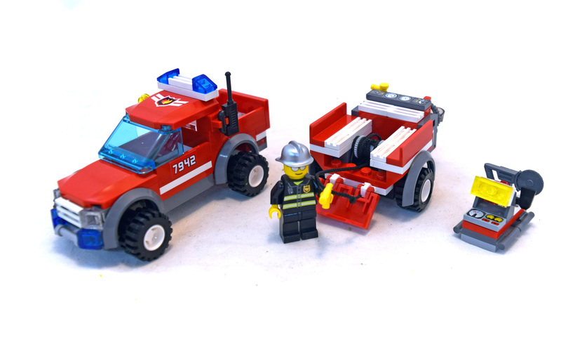 Off Road Fire Rescue - LEGO set #7942-1