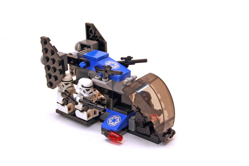 Imperial Dropship - LEGO set #7667-1