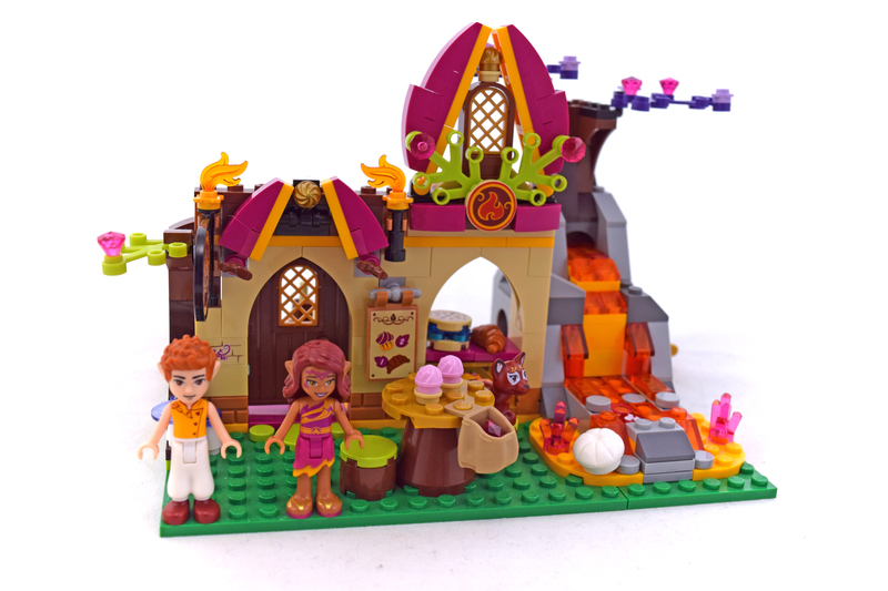 Azari and the Magical Bakery - LEGO set #41074-1