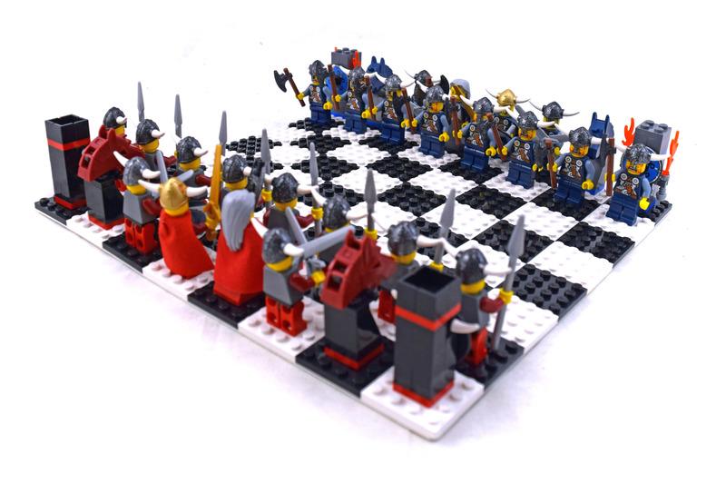 Vikings Chess Set - LEGO set #G577-1
