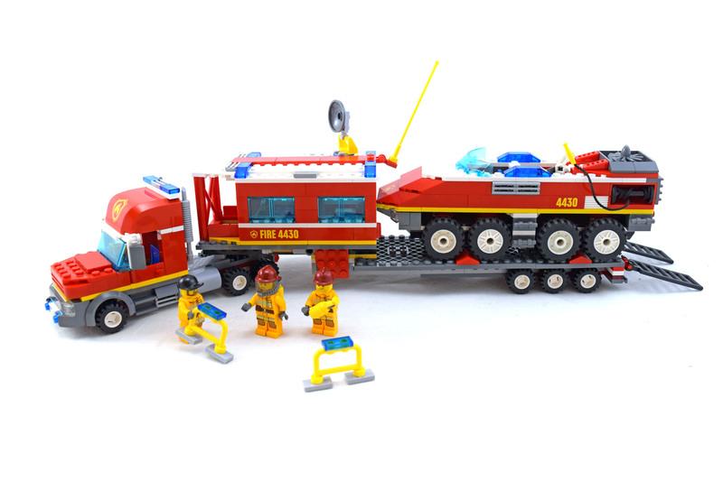 Fire Transporter - LEGO set #4430-1