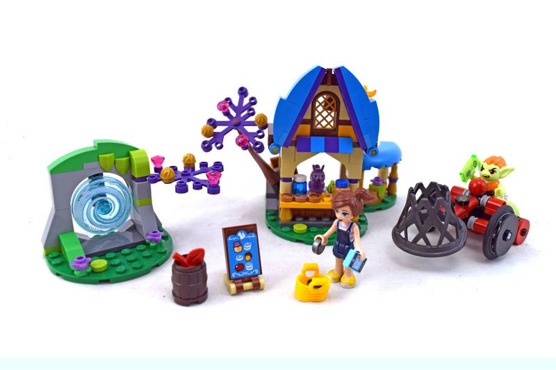 The Capture of Sophie Jones - LEGO set #41182-1