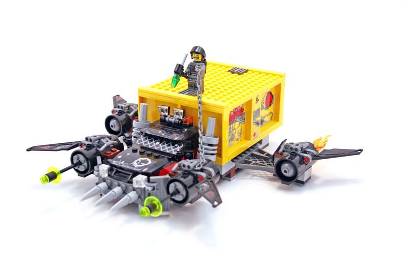 Container Heist - LEGO set #5972-1