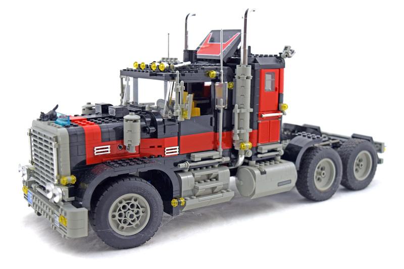 Giant Truck - LEGO set #5571-1