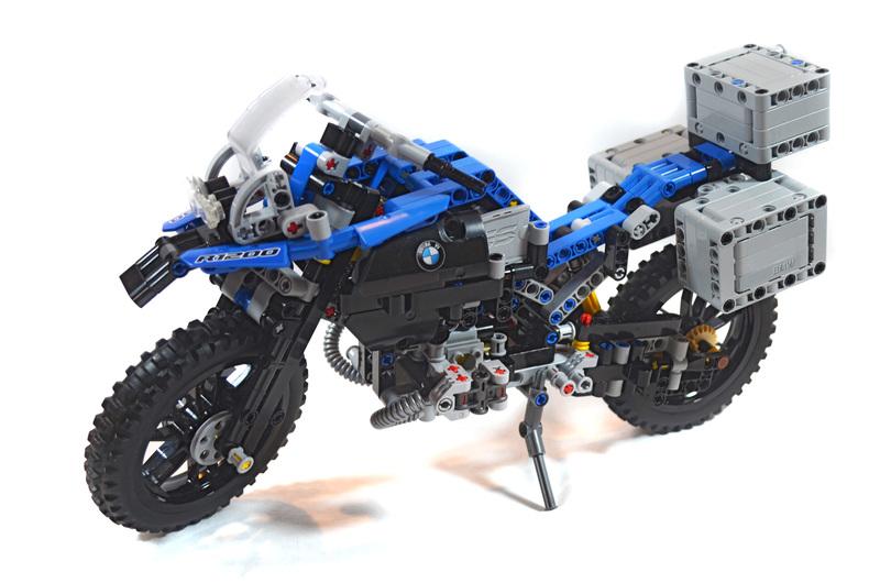 BMW R 1200 GS Adventure - LEGO set #42063-1