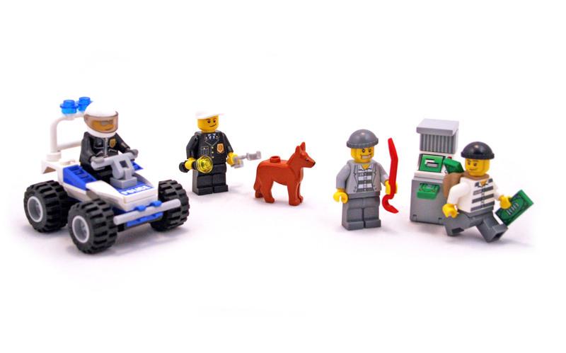 Police Minifigure Collection - LEGO set #7279-1