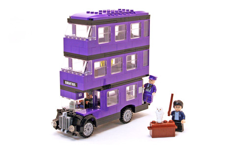 The Knight Bus - LEGO set #4866-1