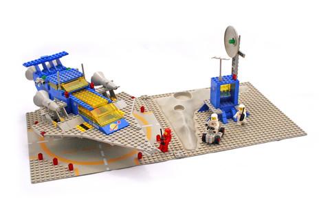 Galaxy Explorer - LEGO set #497-1