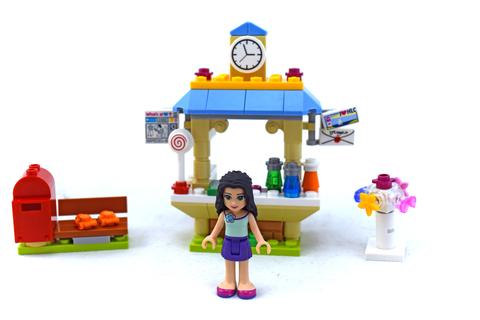 Emma's Tourist Kiosk - LEGO set #41098-1