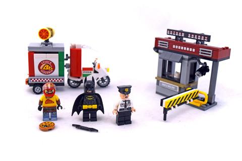 Scarecrow Special Delivery - LEGO set #70910-1