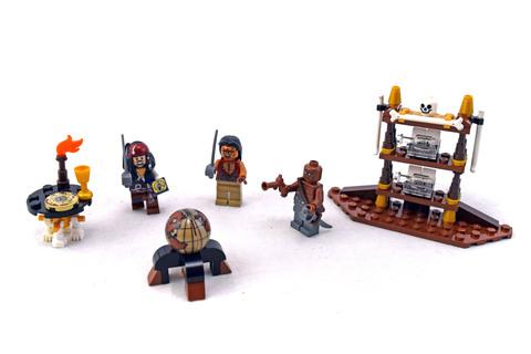 The Captain's Cabin - LEGO set #4191-1