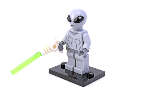 Classic Alien - LEGO set #8827-1