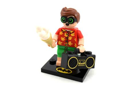 Vacation Robin - LEGO set #71020-8