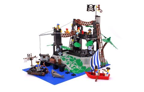 Rock Island Refuge - LEGO #6273