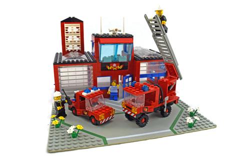 Fire House-I - LEGO set #6385-1