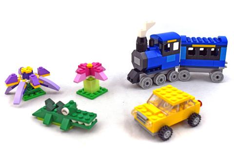 Medium Creative Brick Box - LEGO set #10696-1