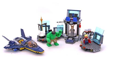 Hulk's Helicarrier Breakout - LEGO set #6868-1