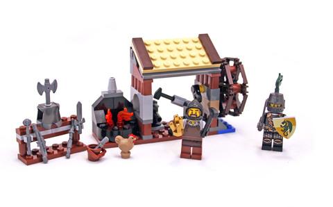 Blacksmith Attack - LEGO set #6918-1