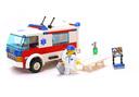 Ambulance - LEGO set #7890-1