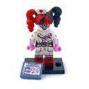 Nurse Harley Quinn - LEGO set #71017-13