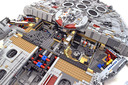 Millennium Falcon - UCS (2nd edition) - Preview 10
