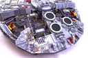 Millennium Falcon - UCS (2nd edition) - Preview 11
