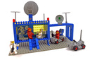 Space Command Center (Craterplate version) - LEGO set #493-3