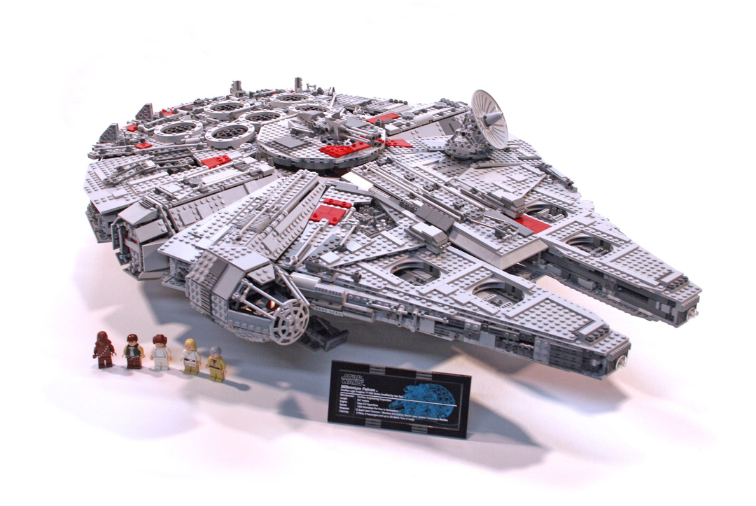 Ultimate Collectors Millennium Falcon Lego Set 10179 1 Building