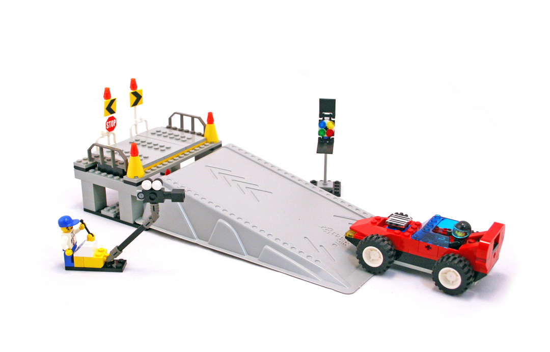 lego crossbones hazard heist instructions
