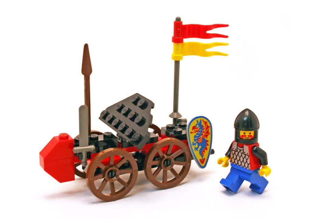 Battering Ram - LEGO set #1971-1 - 1