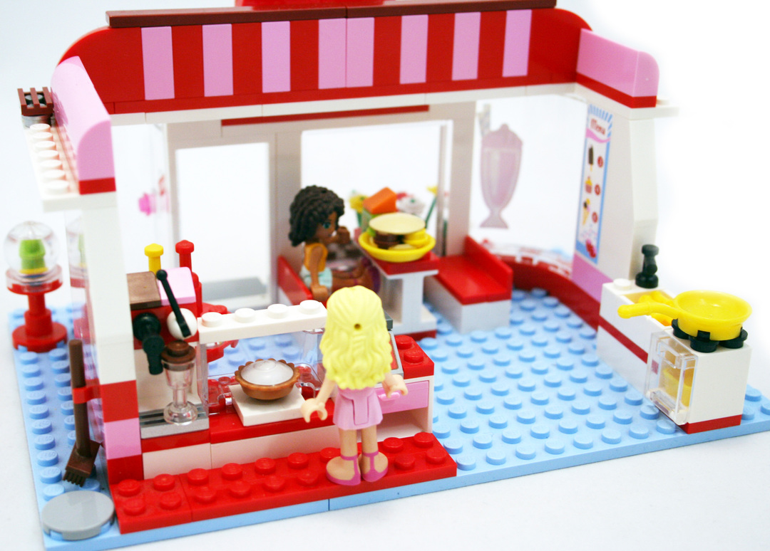 City Park Cafe - LEGO set #3061-1 (Building Sets > Friends)