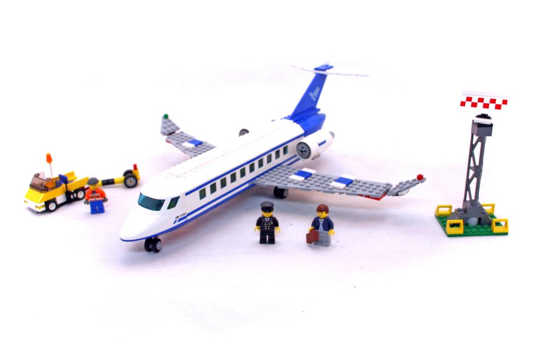 Passenger Plane - LEGO set #3181-1 - 1