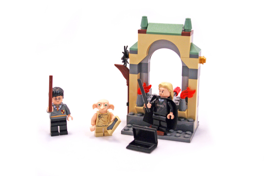 Freeing Dobby - LEGO set #4736-1