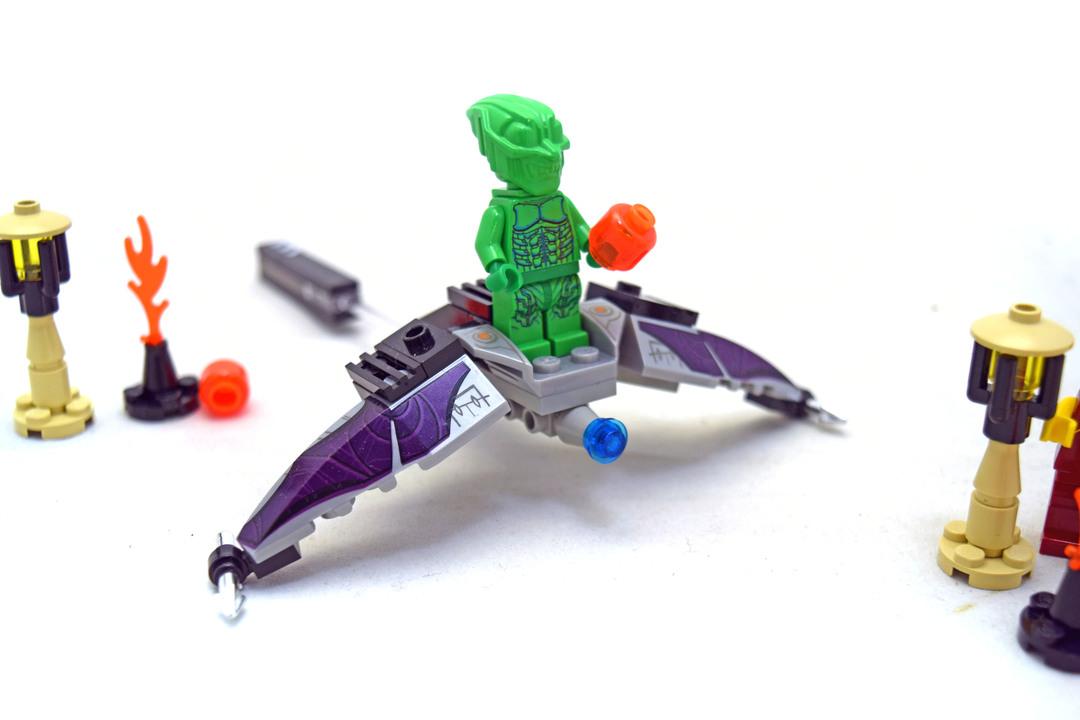 Green Goblin - LEGO set #1374-1 (Building Sets > Spiderman)