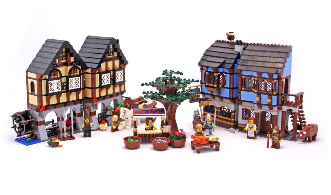 Medieval Market Village - LEGO set #10193-1 (Building Sets > Castle)