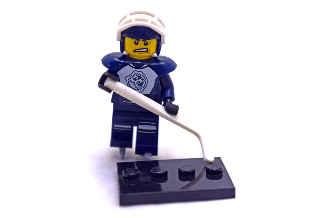 Hockey Player - LEGO set #8804-8