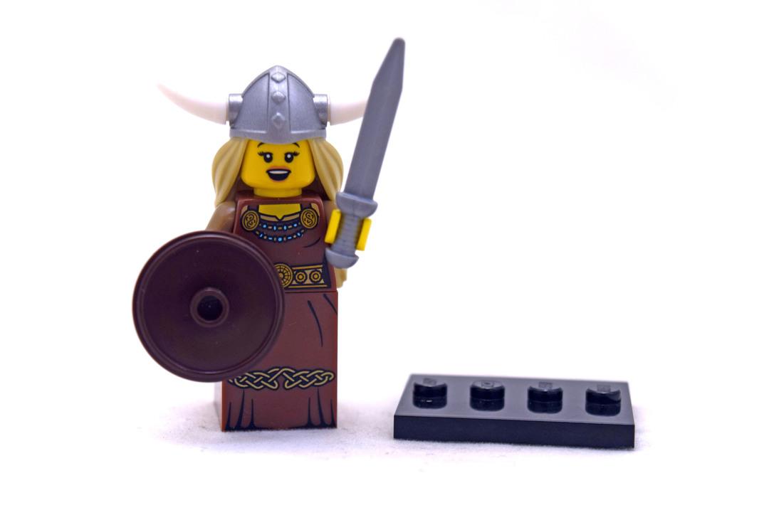 Viking Woman - LEGO set #8831-13
