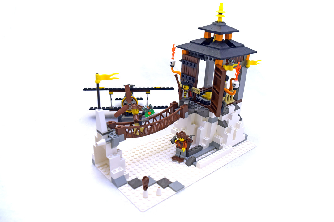 Temple of Mount Everest - LEGO set #7417-1