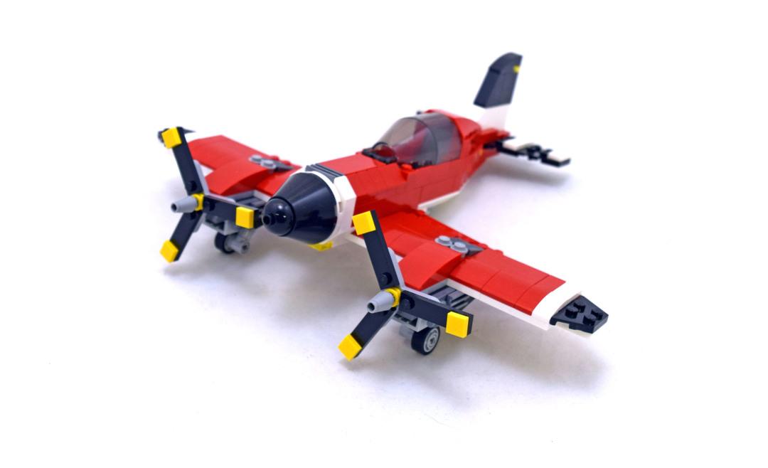 Propeller Plane - LEGO set #31047-1
