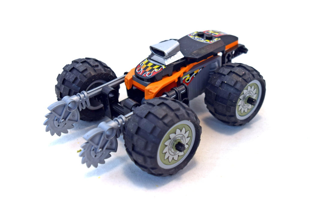 Buzz Saw - LEGO #8648