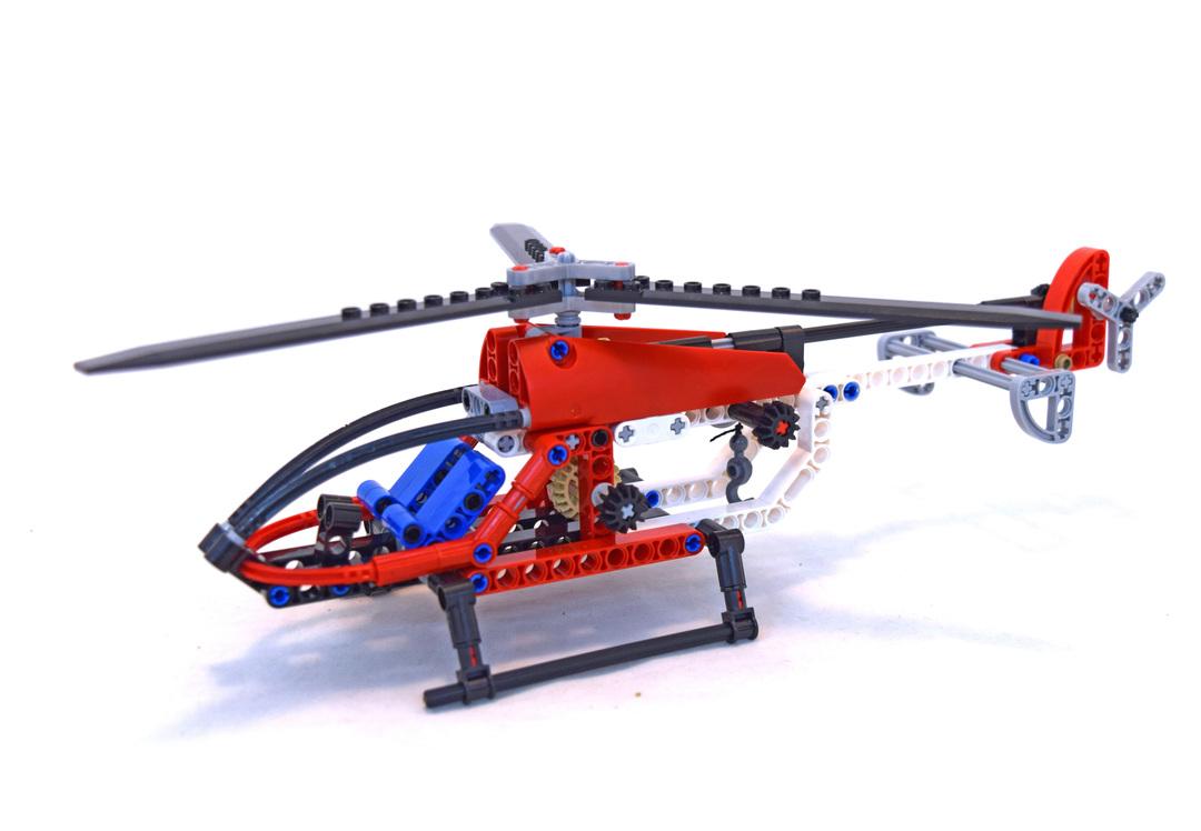 Helicopter - LEGO set #8046-1