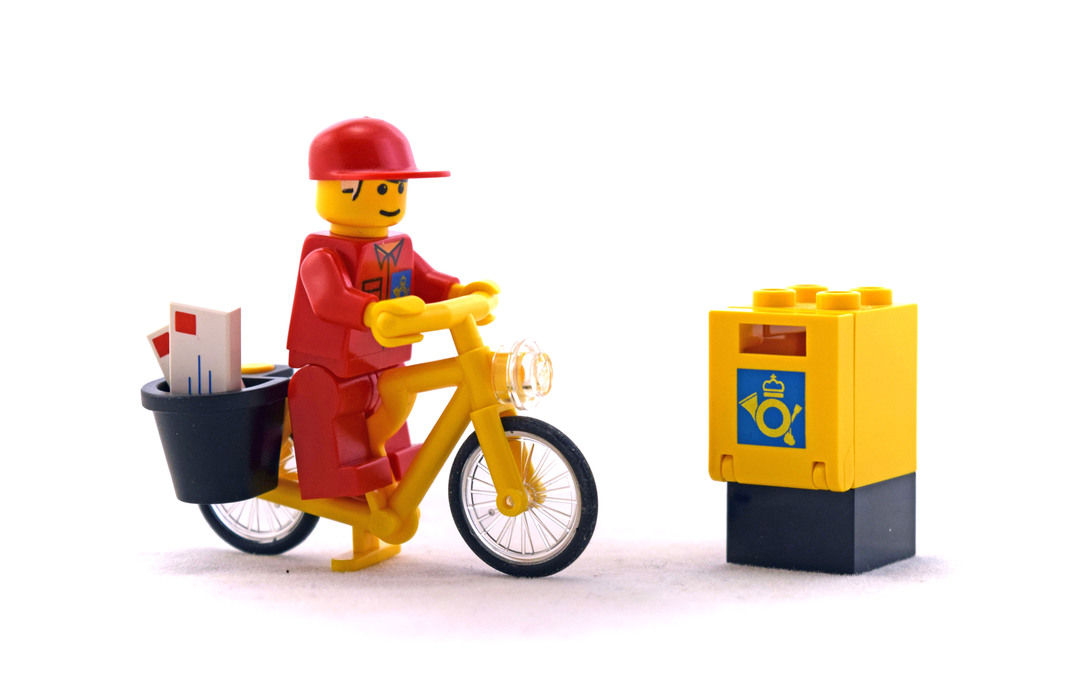 Mail Carrier - LEGO set #6420-1
