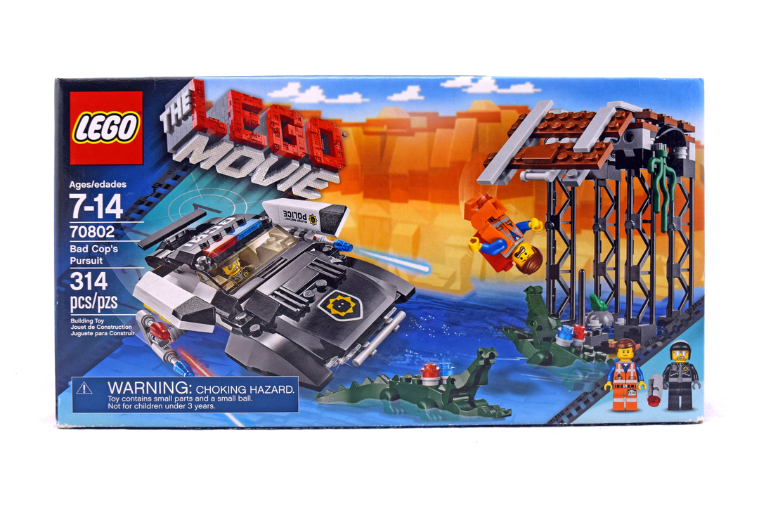 The Lego Movie Bad Cops Pursuit Playset W Two Minifigures 70802 Building Sets