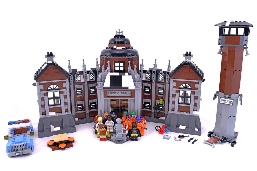 Arkham Asylum - LEGO set #70912-1 - 1
