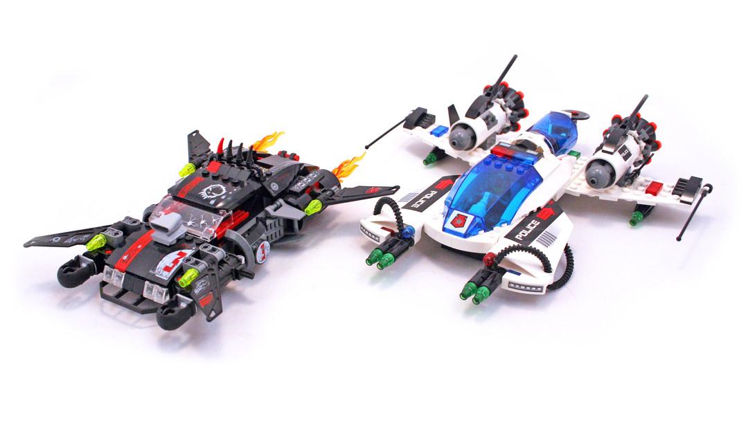 Hyperspeed Pursuit - LEGO set #5973-1